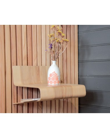 Table-de-nuit-suspendue-design